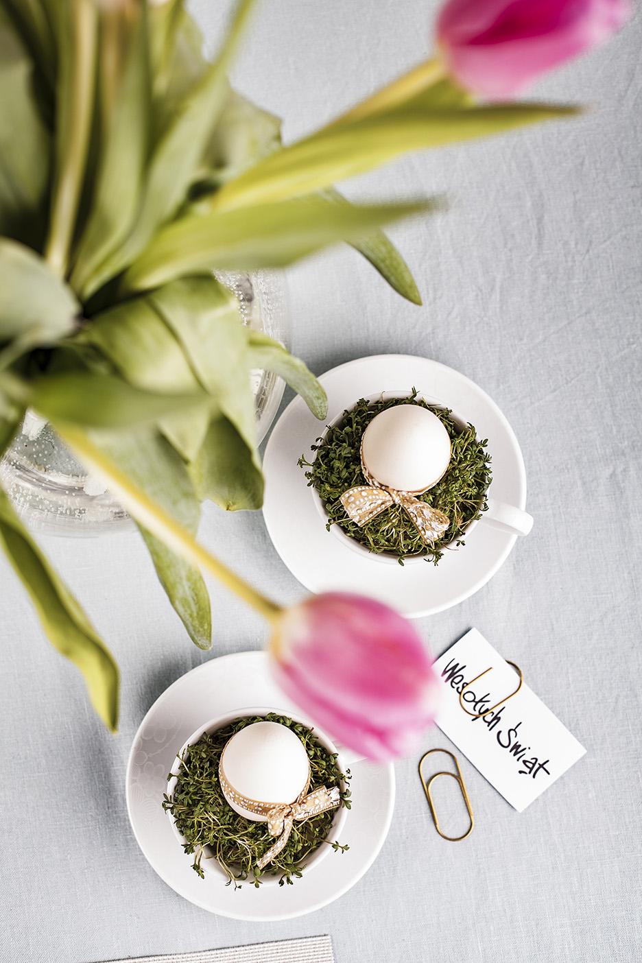 Wielkanocny stół w wiosennej oprawie Ambition