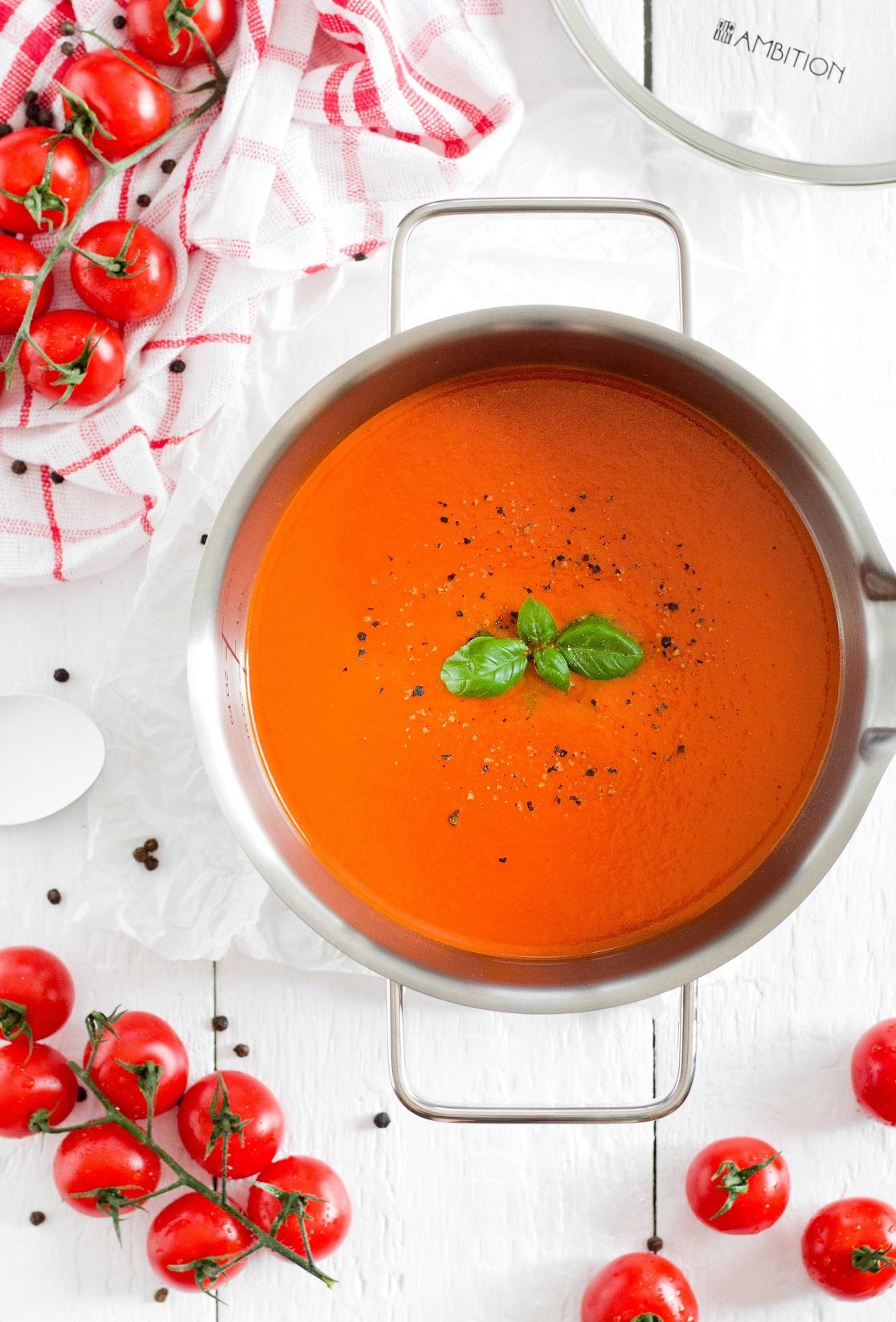 Zupa krem z pomidorów i czerwonej papryki